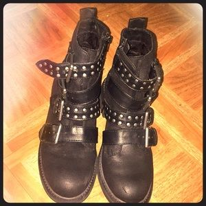 White mountain black ankle motor style booties